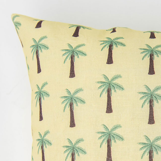 https://www.bxxlght.com/wp-content/uploads/2018/05/Bxxlght_Palm_Pillow_zoom.jpg